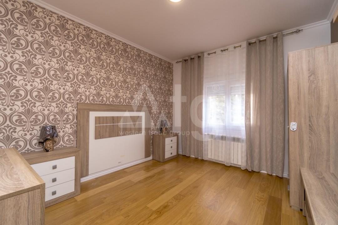 5 bedroom Villa in Punta Prima  - B1019 - 10