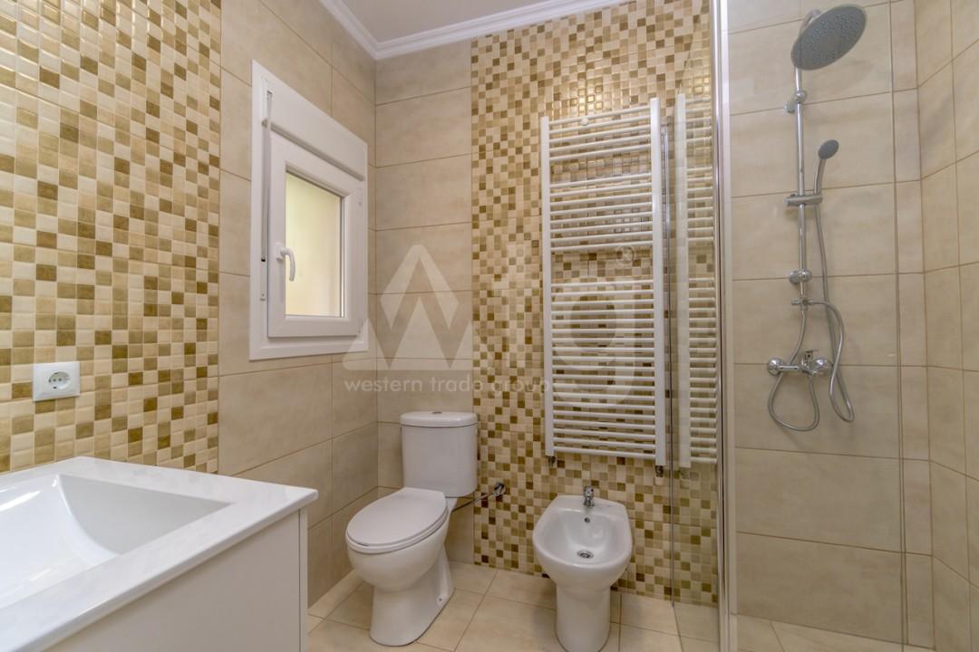 5 bedroom Villa in Punta Prima  - B1019 - 12