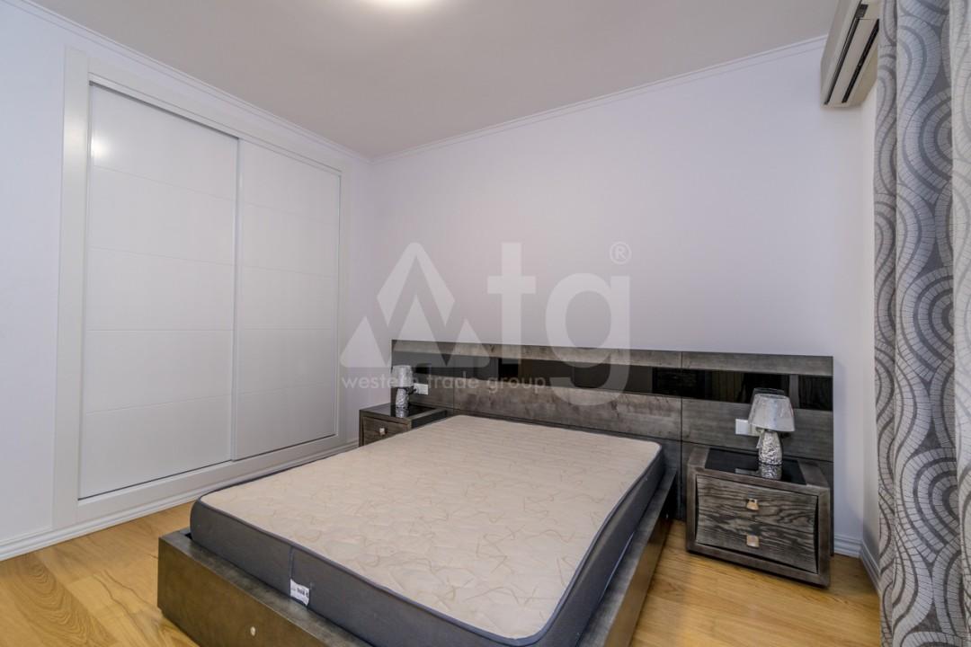 5 bedroom Villa in Punta Prima  - B1019 - 15