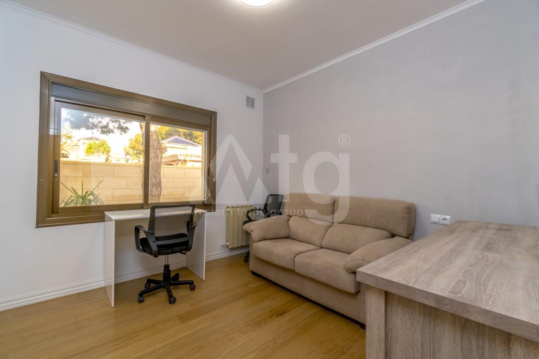 5 bedroom Villa in Punta Prima  - B1019 - 18