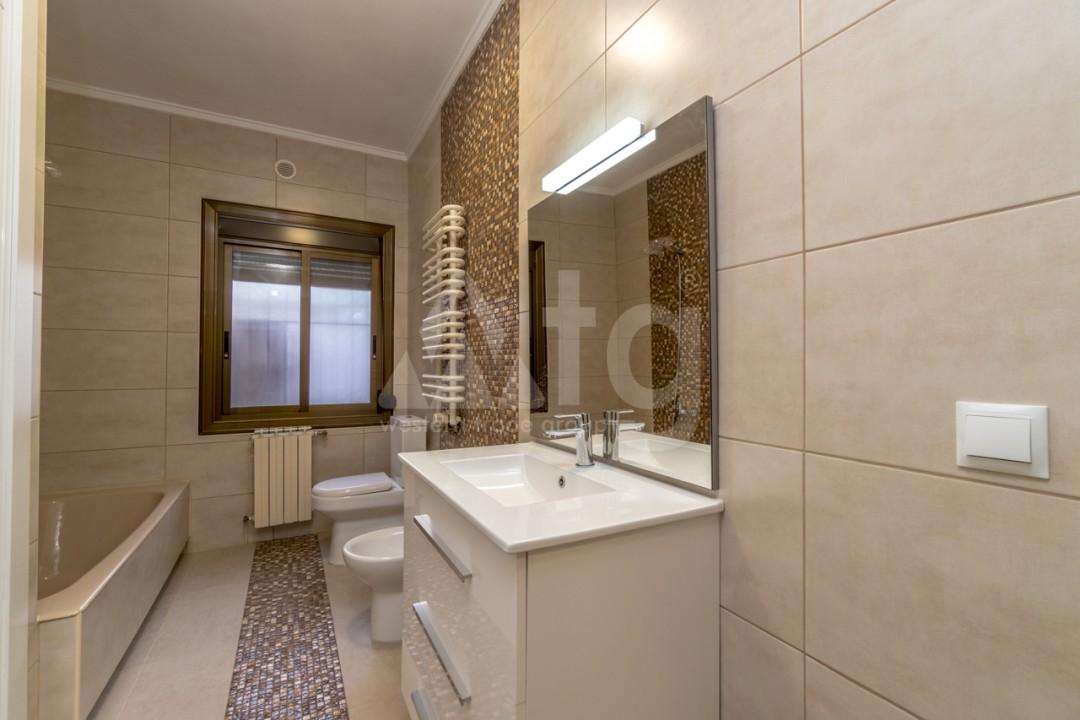 5 bedroom Villa in Punta Prima  - B1019 - 19