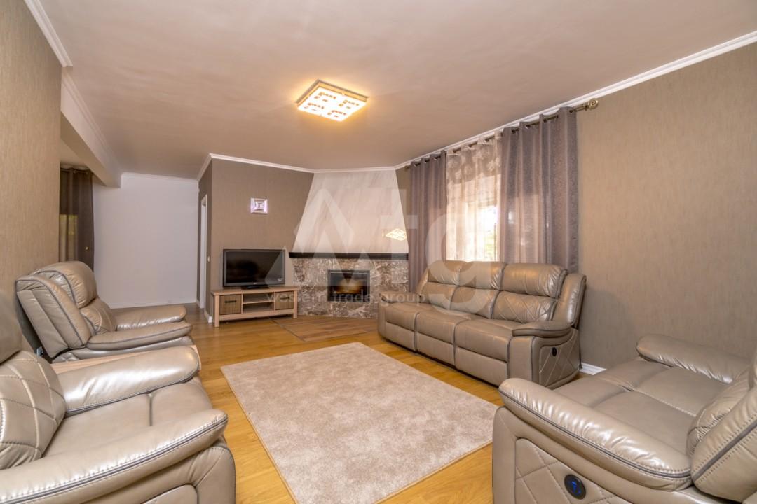 5 bedroom Villa in Punta Prima  - B1019 - 2