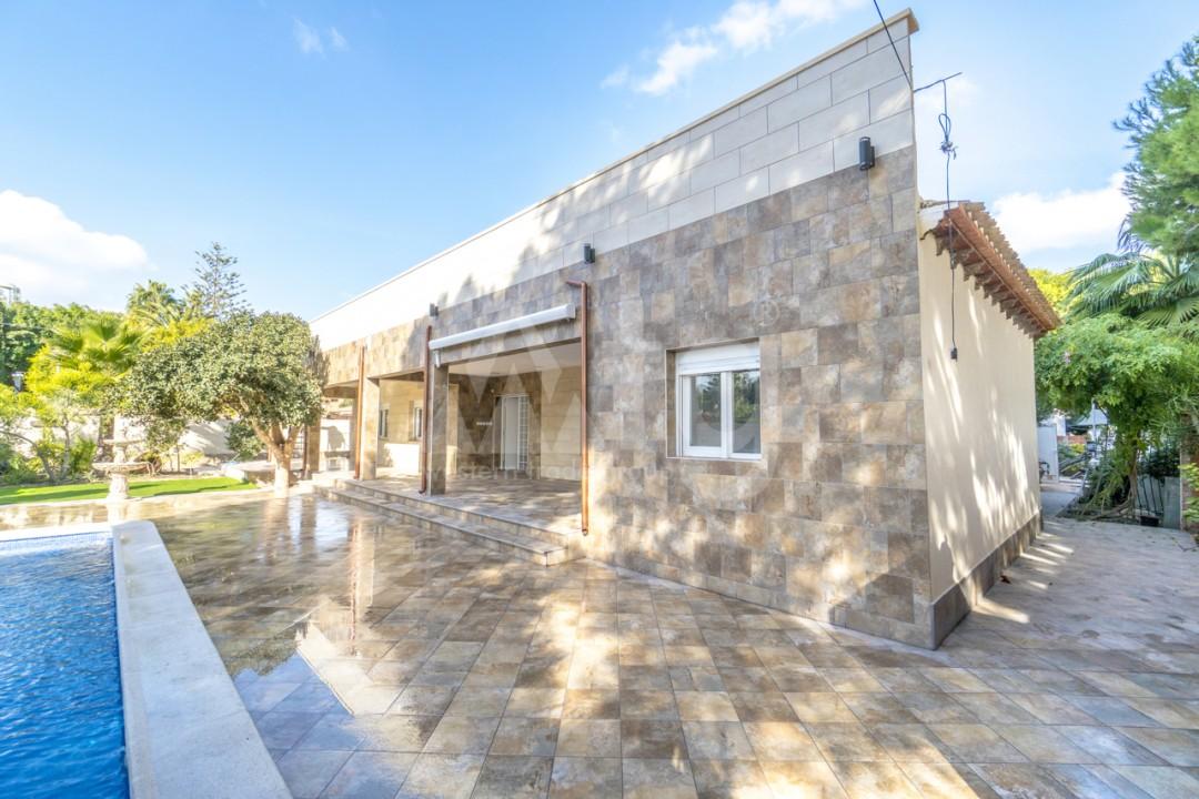 5 bedroom Villa in Punta Prima  - B1019 - 23