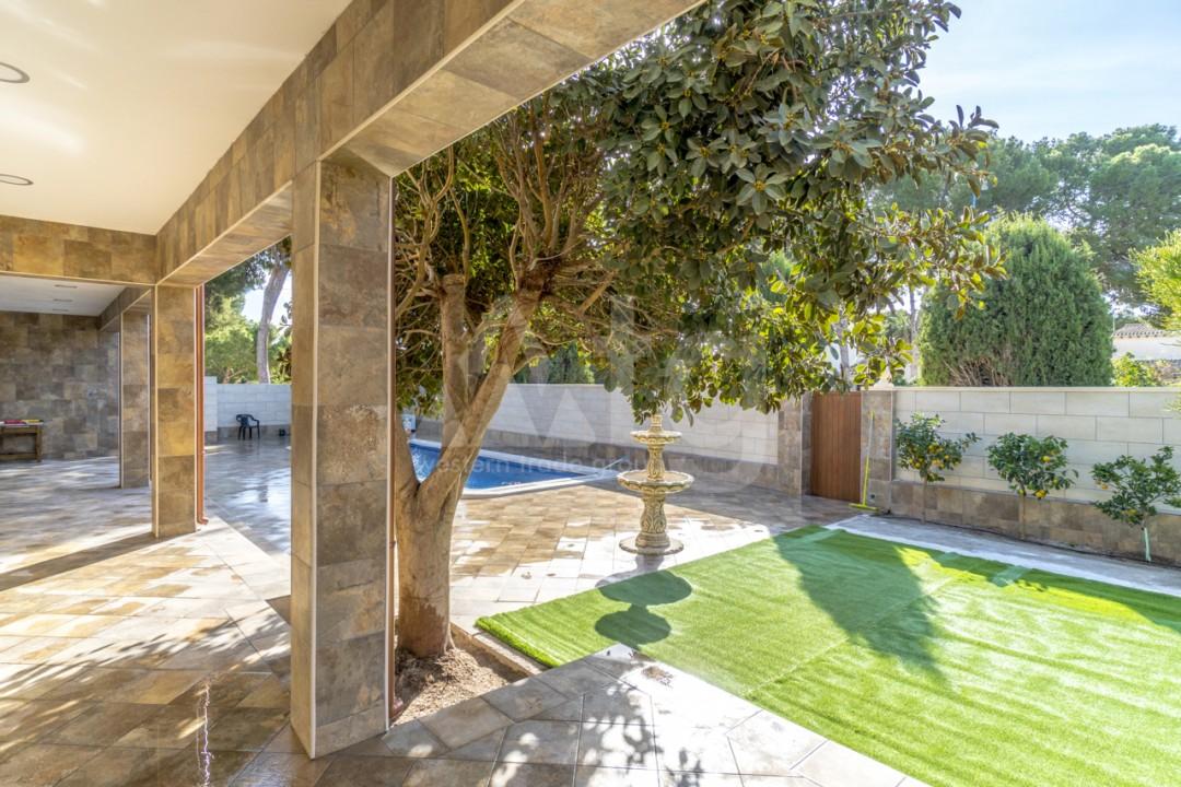 5 bedroom Villa in Punta Prima  - B1019 - 25