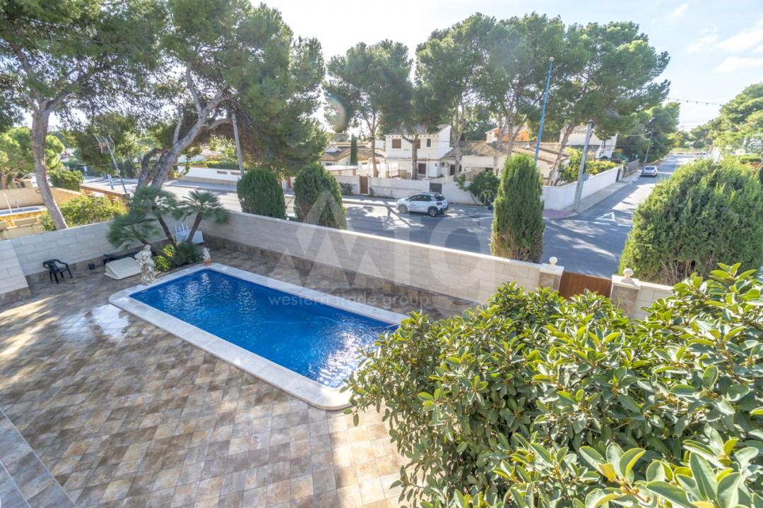 5 bedroom Villa in Punta Prima  - B1019 - 26