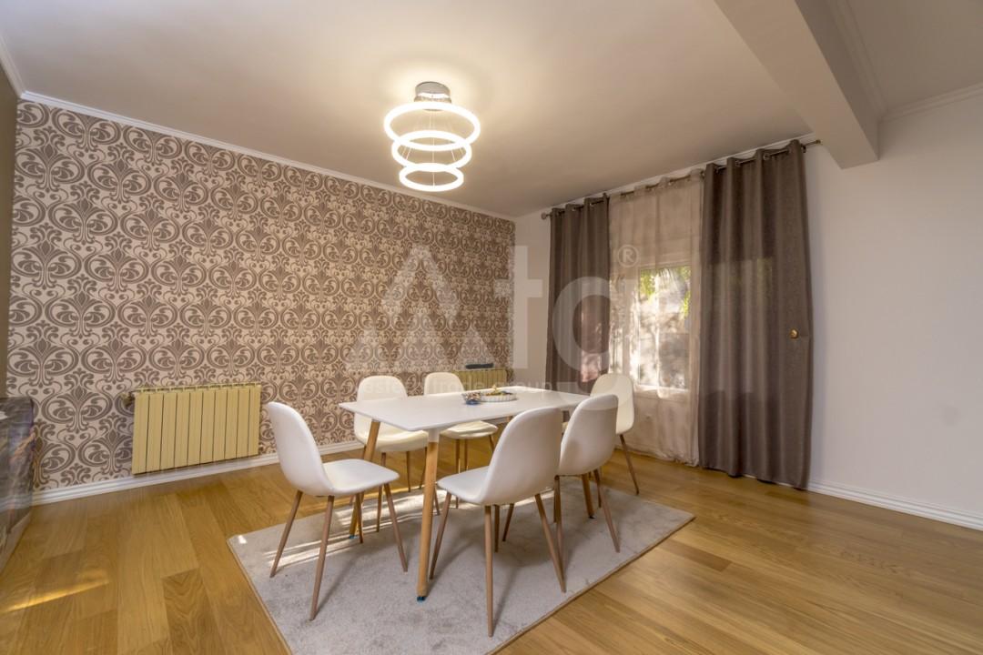 5 bedroom Villa in Punta Prima  - B1019 - 3