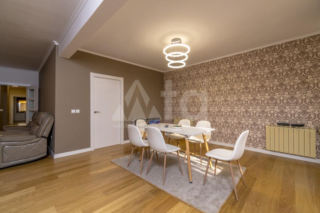 5 bedroom Villa in Punta Prima  - B1019 - 6