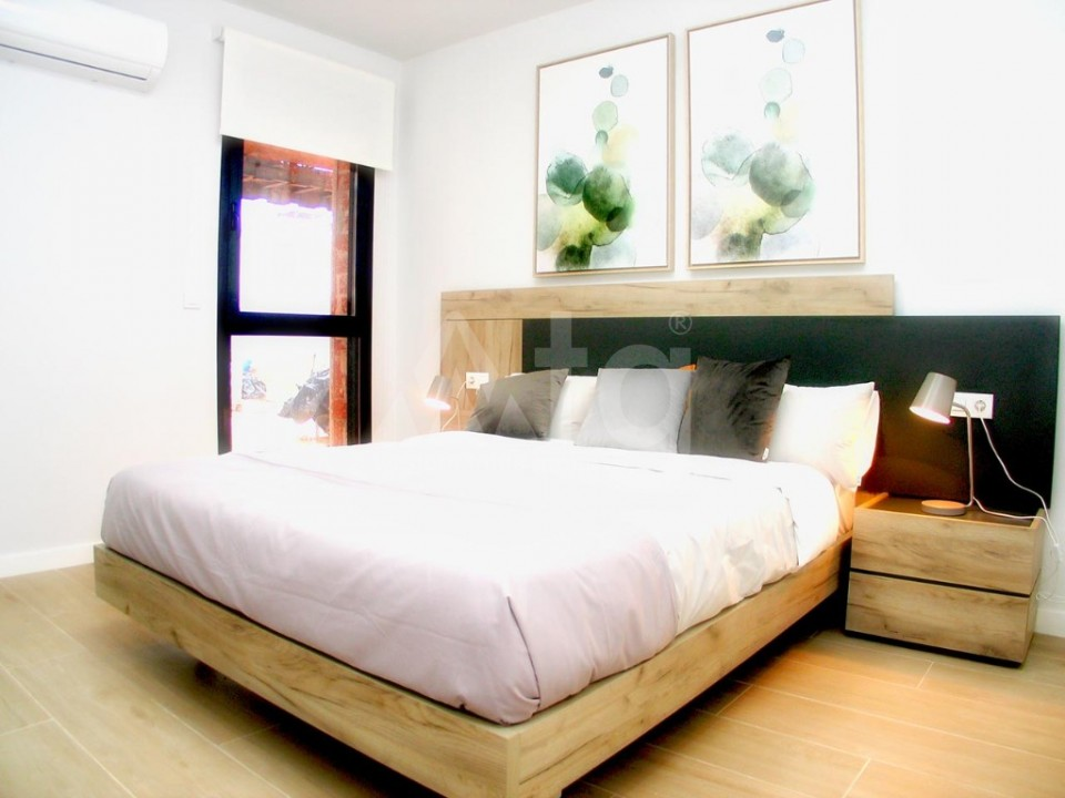 Villa de 3 chambres à Pilar de la Horadada - OK8097 - 21