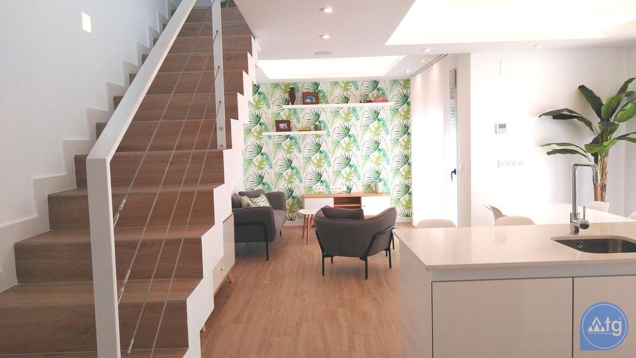 Villa de 4 chambres à Torrevieja - VR6703 - 13