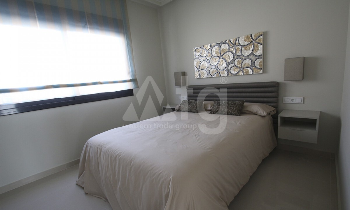 4 bedroom Villa in Dehesa de Campoamor - AGI3987 - 16