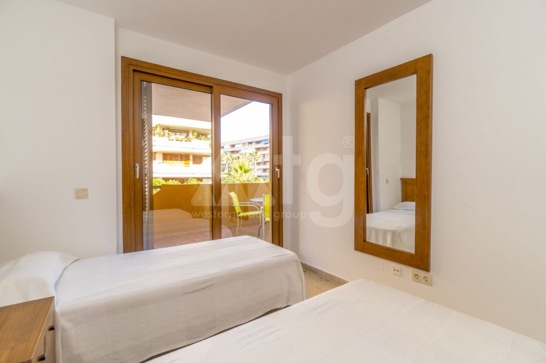 Villa de 3 habitaciones en Ciudad Quesada  - AT7252 - 13