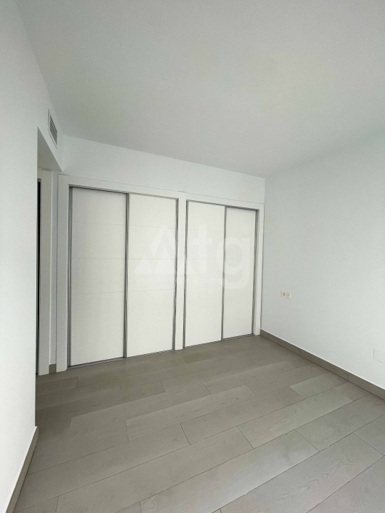 3 bedroom Apartment in Elche - US6882 - 11