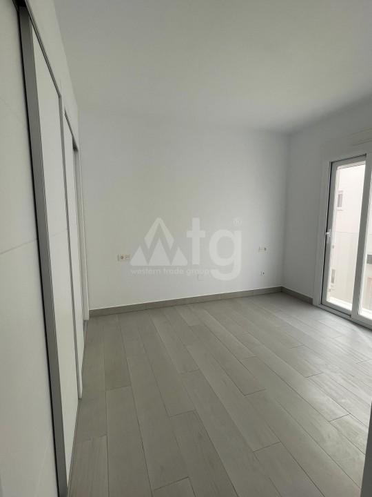 3 bedroom Apartment in Elche - US6882 - 5