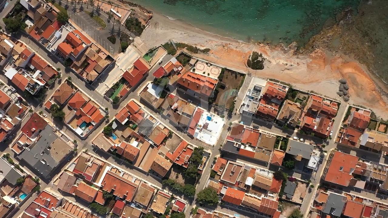 4 bedroom Apartment in Torre de la Horadada  - CC119586 - 11