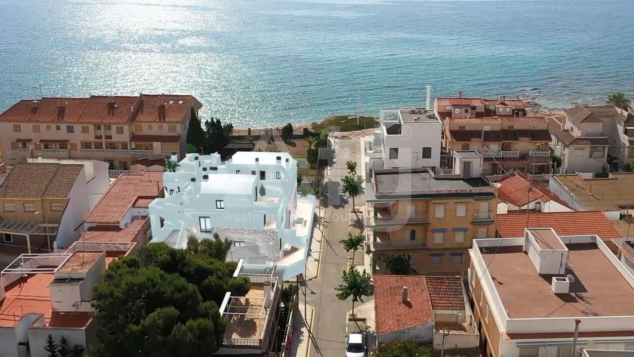 4 bedroom Apartment in Torre de la Horadada  - CC119586 - 16