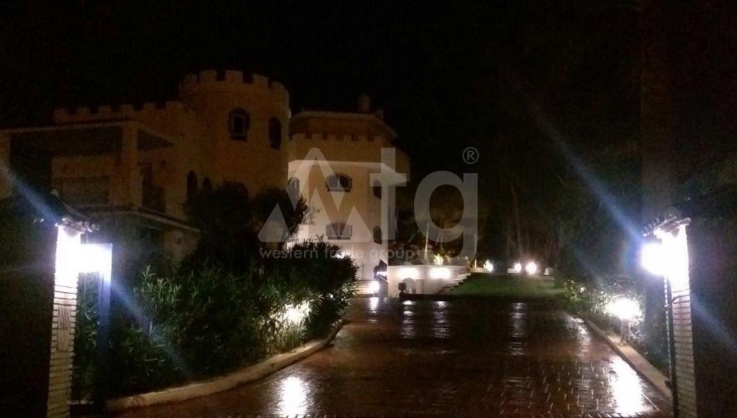 3 bedroom Penthouse in Villajoyosa - QUA8623 - 14