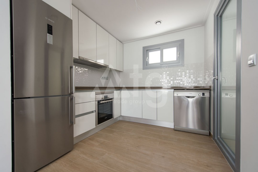 3 bedroom Apartment in Torrevieja - IR8061 - 7