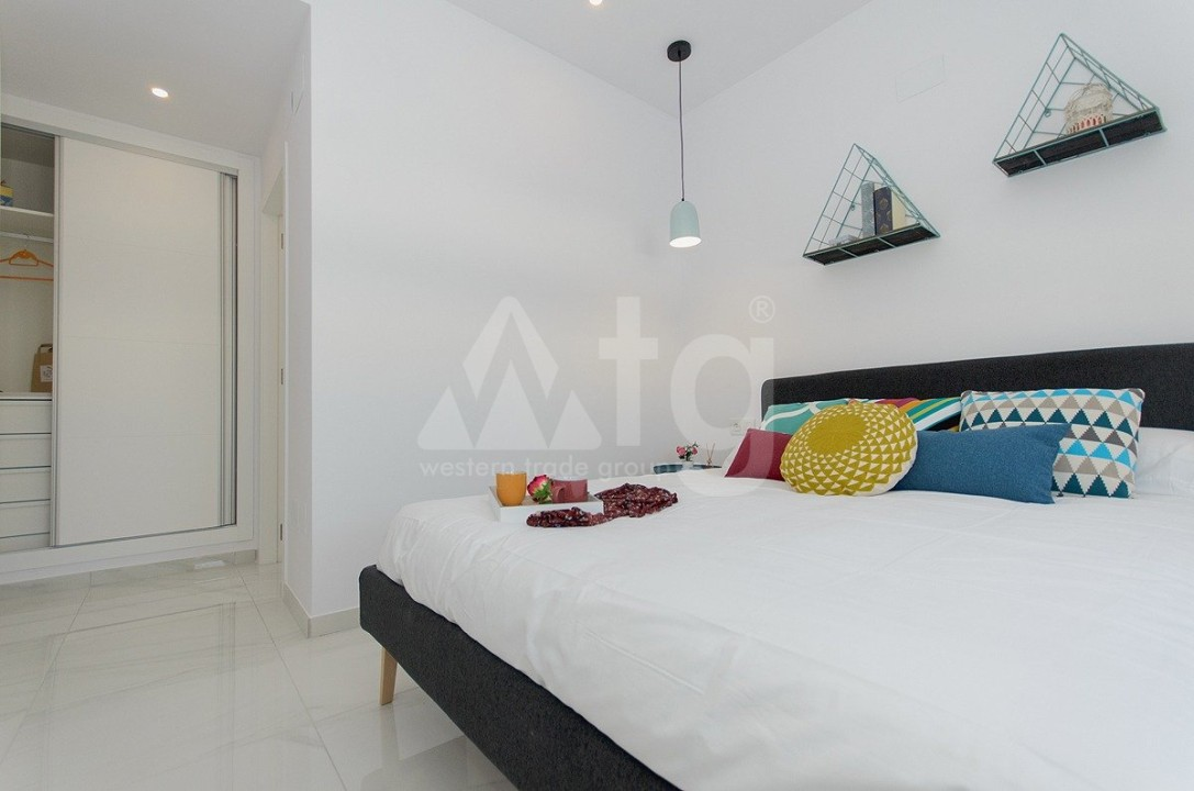 4 bedroom Villa in Guardamar del Segura  - AT115167 - 11