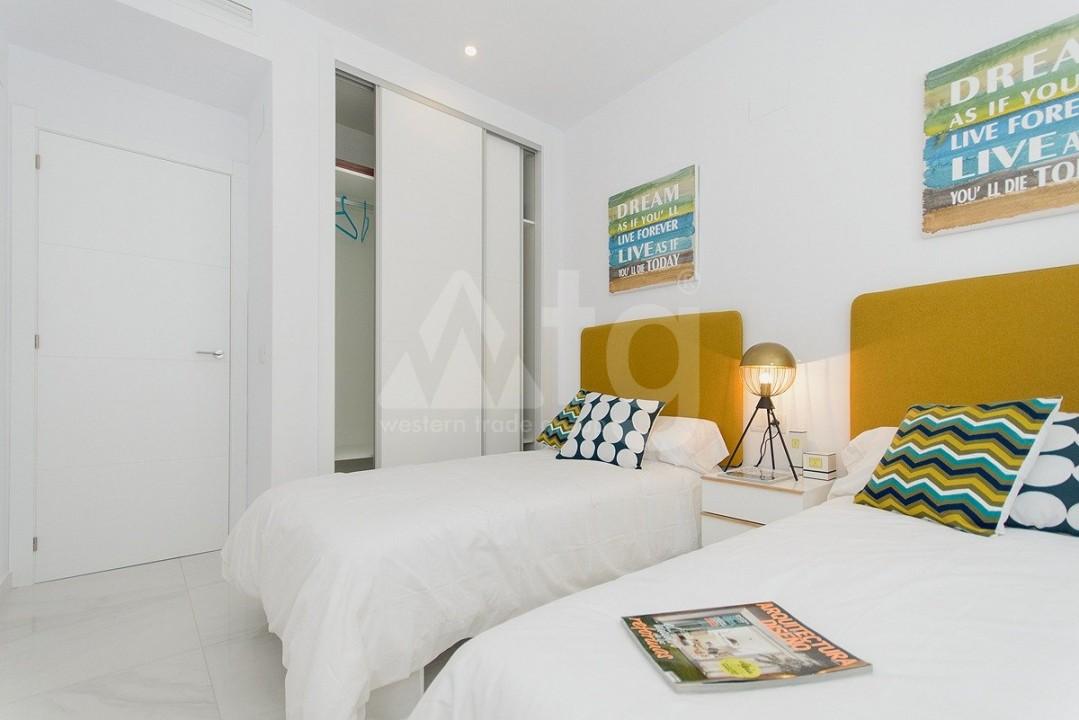 4 bedroom Villa in Guardamar del Segura  - AT115167 - 18