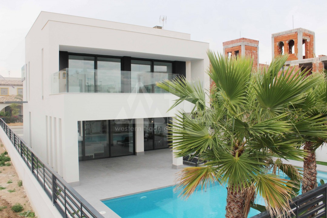 4 bedroom Villa in La Marina - MC7464 - 24