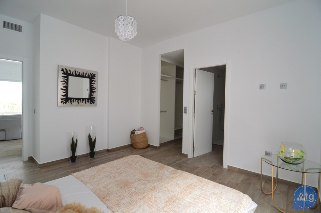 4 bedroom Villa in Polop  - MH115815 - 23