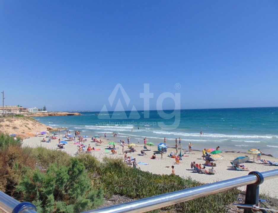 3 bedroom Townhouse in Torrevieja  - CC116308 - 4