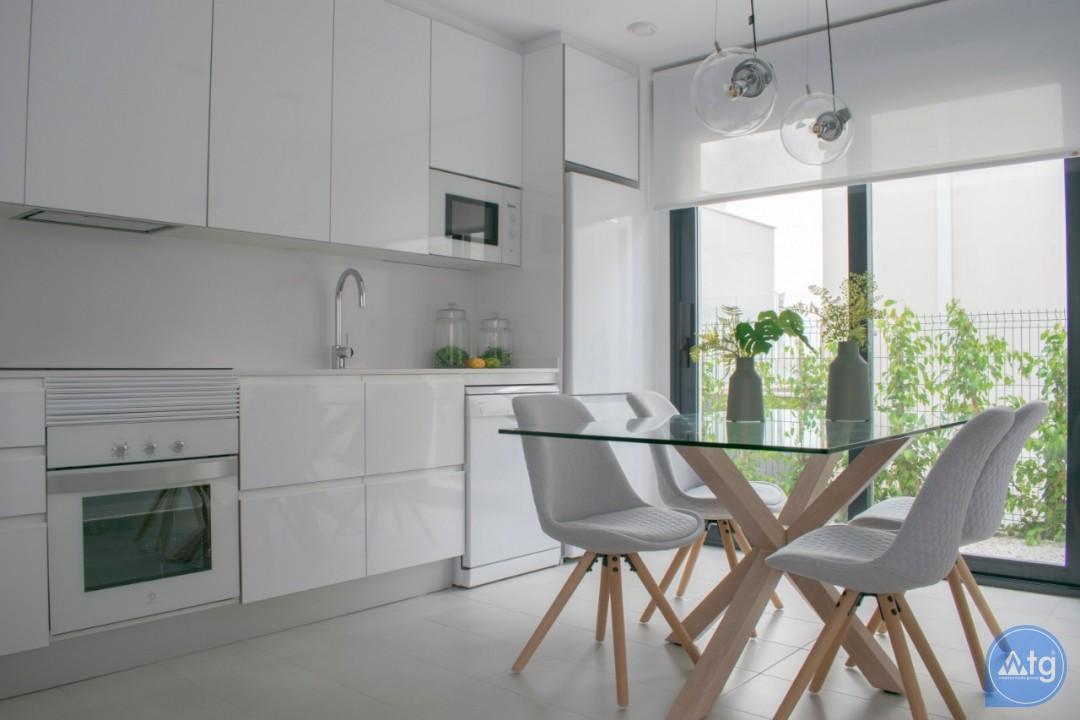 4 bedroom Villa in Torrevieja  - AG9579 - 10