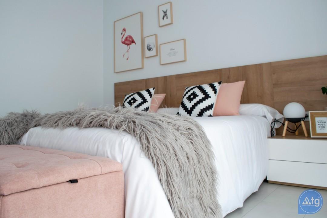 4 bedroom Villa in Torrevieja  - AG9579 - 13