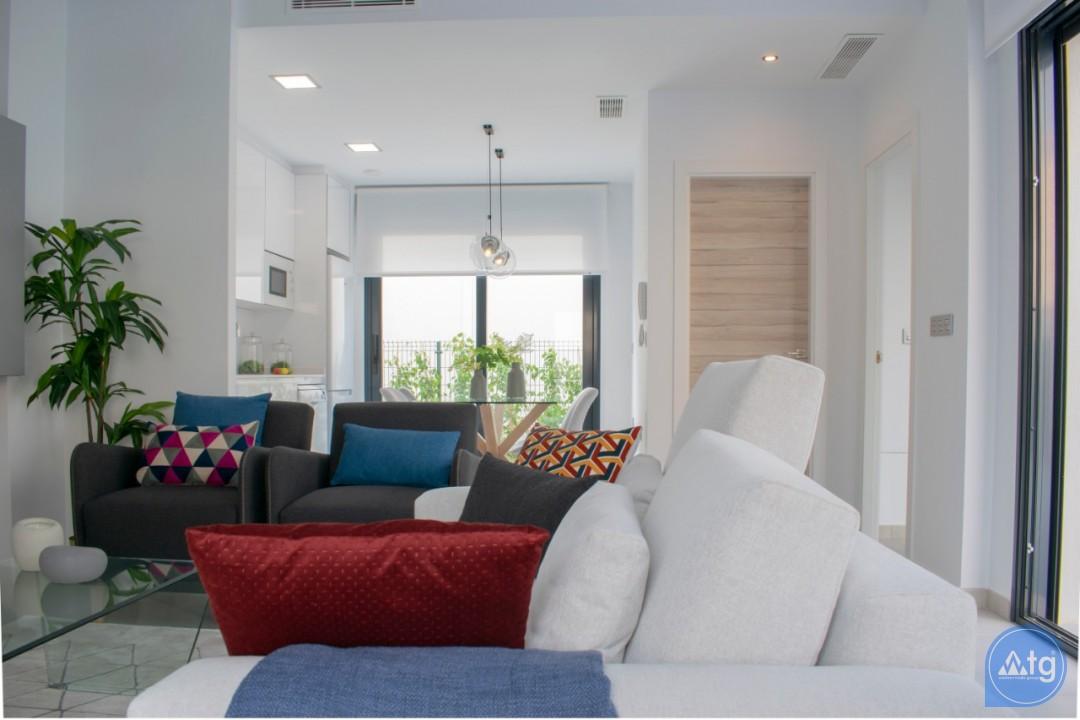 4 bedroom Villa in Torrevieja  - AG9579 - 14