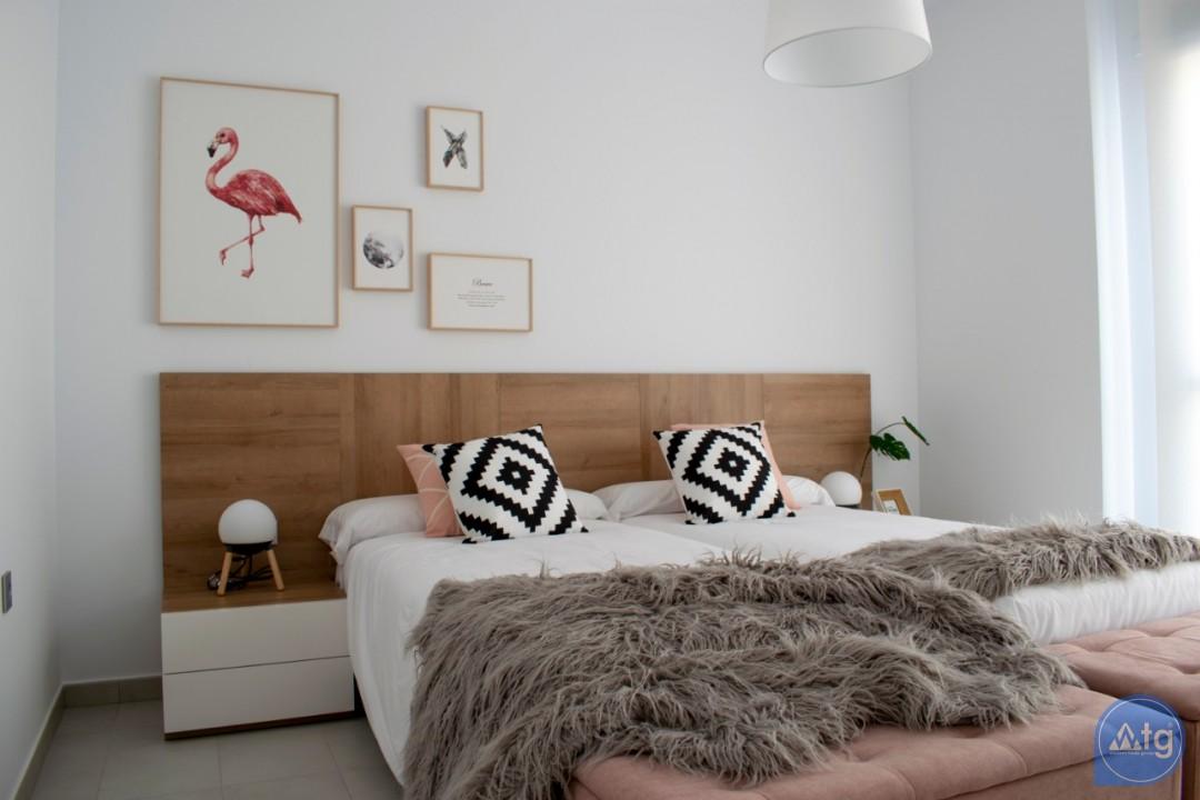 4 bedroom Villa in Torrevieja  - AG9579 - 15