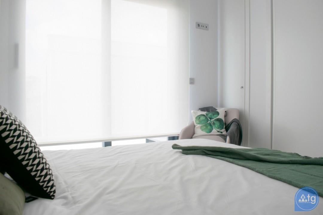 4 bedroom Villa in Torrevieja  - AG9579 - 8