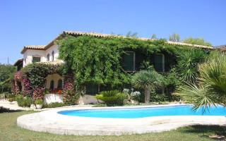10 bedroom Villa in Finestrat  - CGN183339