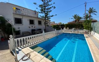 12 bedroom Villa in Punta Prima  - W1116482