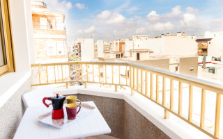 2 bedroom Apartment in Torrevieja - CBH441
