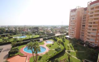 2 bedroom Apartment in Dehesa de Campoamor  - CRR87357722344
