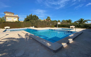 2 bedroom Apartment in Dehesa de Campoamor  - TR114284