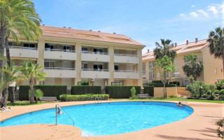 2 bedroom Apartment in Javea  - CH119755