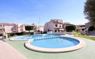 3 bedroom Apartment in Torrevieja  - CRR95936802344