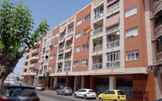 3 bedroom Apartment in Torrevieja  - TT101052