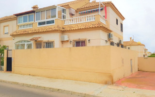 3 bedroom Bungalow in Torrevieja  - CBH5359