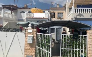 3 bedroom Bungalow in Torrevieja  - TT101266