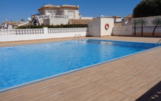 3 bedroom Bungalow in Torrevieja  - TT101326