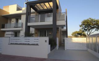 3 bedroom Duplex in Torrevieja  - NH110187