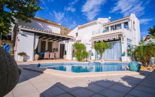 3 bedroom Villa in Finestrat  - CGN183011