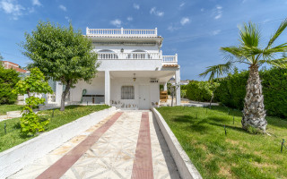 3 Schlafzimmer Villa in Lorca  - AGI115514