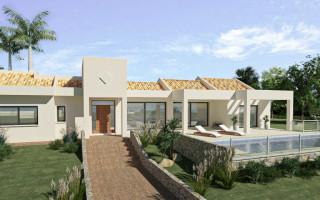 4 bedroom Townhouse in Torrevieja  - US115958