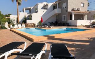 4 bedroom Duplex in Torrevieja  - NH110060