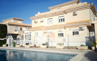 4 bedroom Townhouse in Playa Flamenca  - W1116316
