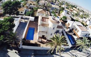 4 bedroom Villa in Cabo Roig  - W1116623