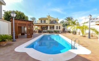 4 bedroom Villa in Ciudad Quesada  - AT7259